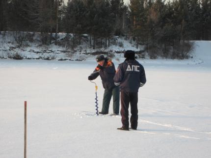 В условиях повышения температур в Иркутской области усилен контроль за состоянием ледовых переправ