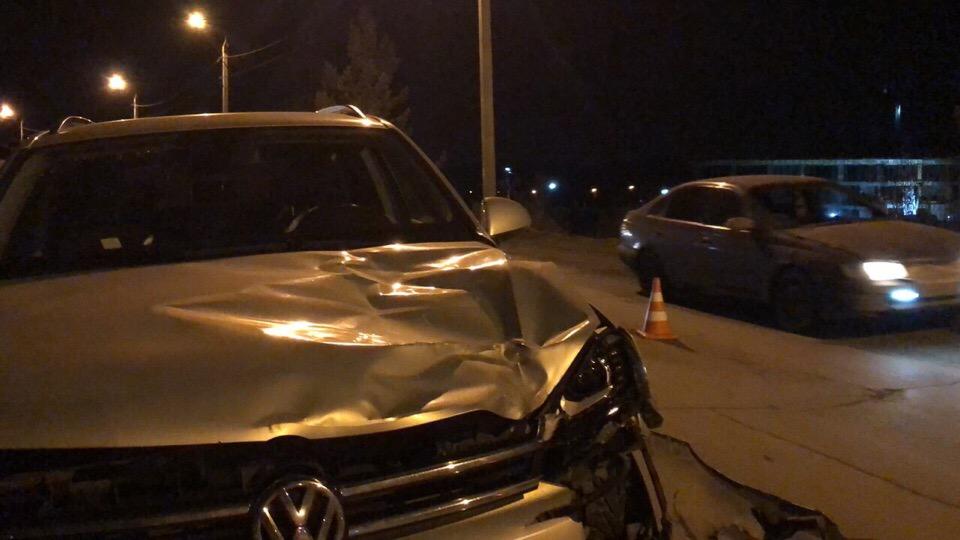 Школьник погиб под колесами автомобиля в Иркутске