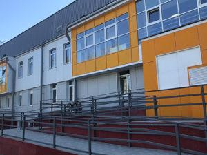 На бульваре Рябикова начал работать новый физкультурно-оздоровительный комплекс