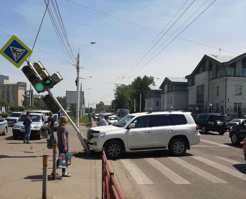 За прошедшую неделю на дорогах Иркутска и района в ДТП пострадали 40 человек