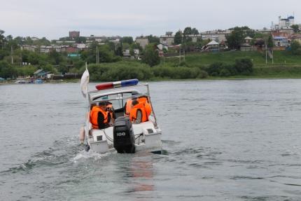 В каких местах водоемов Иркутска опасно купаться из-за загрязнения воды