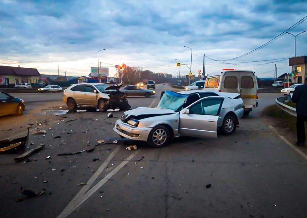 44 человека пострадали в ДТП за прошедшую неделю на дорогах Иркутска и района