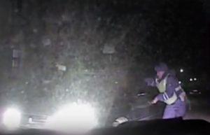 В Ангарске и в Черемховском районе полицейским в ходе погони для остановки нетрезвых водителей пришлось применять огнестрельное оружие