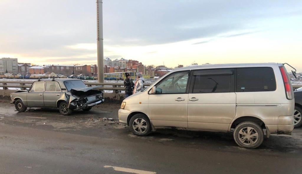 21 человек пострадал в ДТП за прошедшую неделю на дорогах Иркутска и района