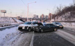 26 человек пострадало в ДТП за прошедшую неделю на дорогах Иркутска и района