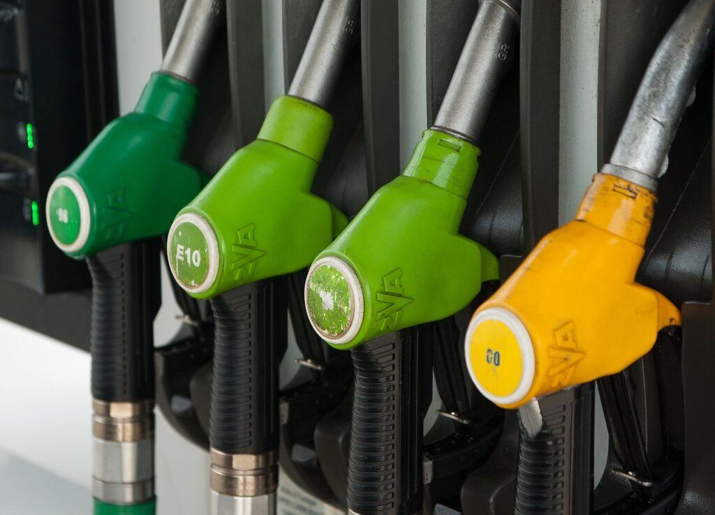 Цены на бензин в Иркутске растут и будут расти