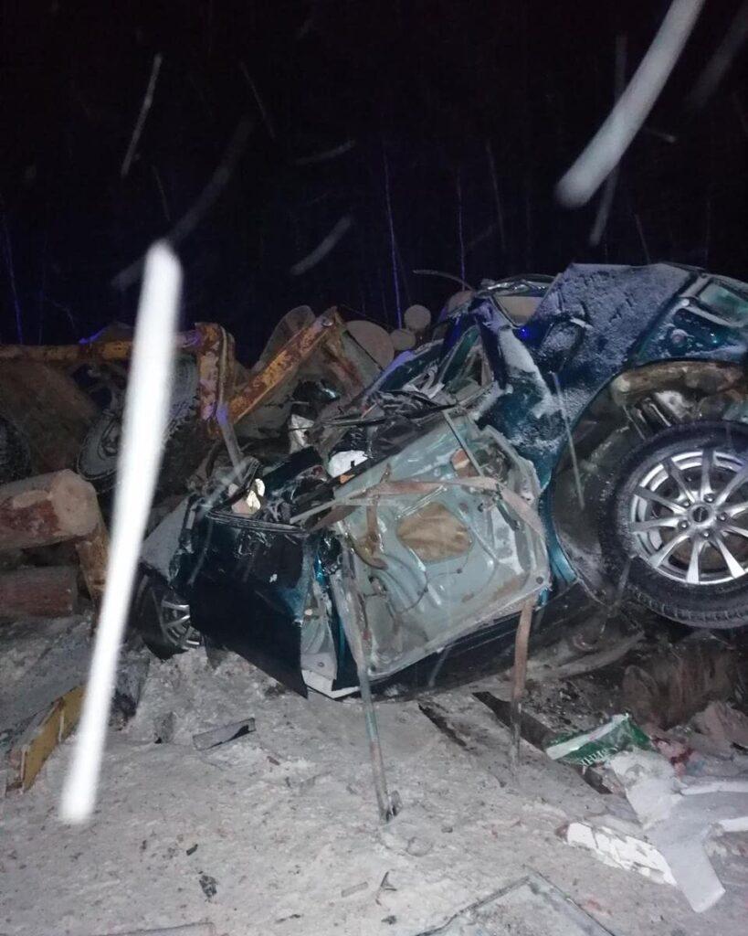 На автотрассе между городами Тулун и Братск в ДТП погибли четыре человека